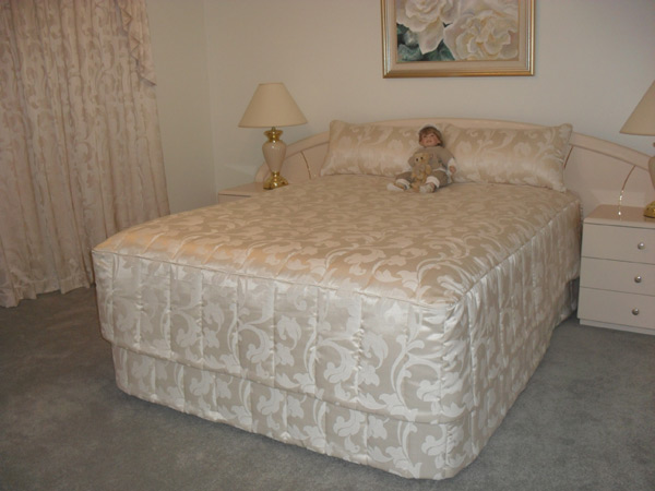 We have a large variety of bedspreads to suit your room, with both ...